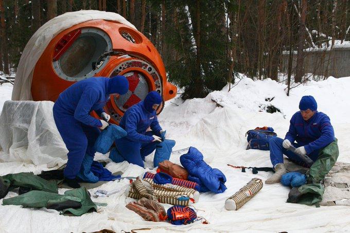 Виживання космонавтів у лісисто-болотистій місцевості